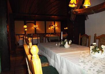 Gastraum & Biergarten - Restaurant Schinderhannes